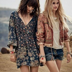 Free People | Runaway Cutoff Denim Shorts 26